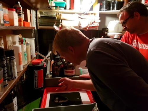 Arbeit im Dunkelkammer- Mittelformat und Großformat